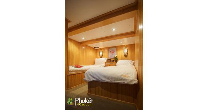 Catamaran-for-60-guests-3