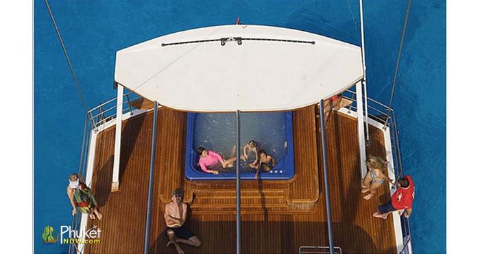 Catamaran-for-60-guests-4