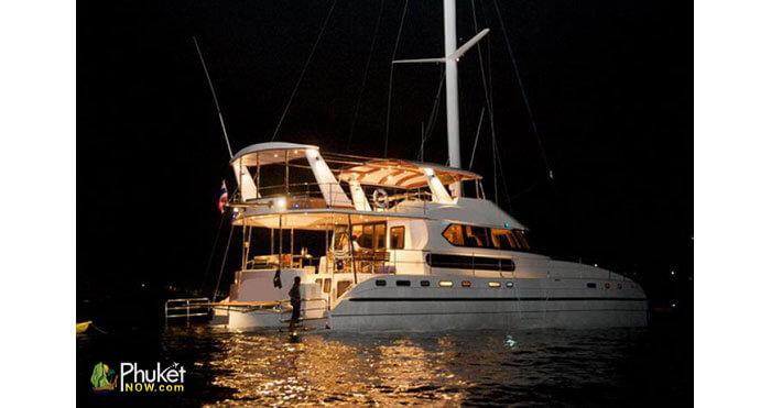 Catamaran-for-60-guests-6
